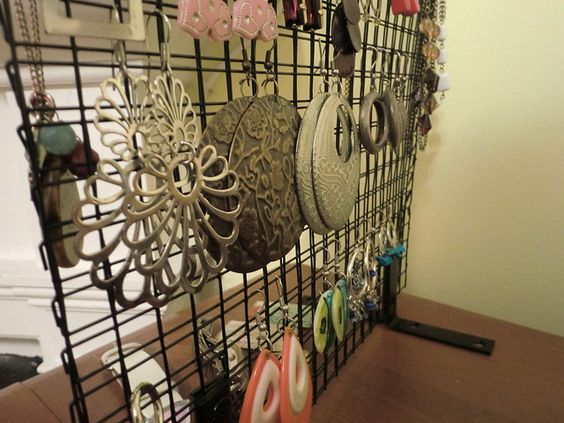 diy industrial earrings and jewelry hanger organizer. I just moved and I needed to update my old bedroom decorations. So by searching Pinterest I saw these great ideas! I love decorating so this is very exciting for me! I don't have a lot of money to spend on new décor so I made my own DIY bedroom décor! Decorate for less with these dollar store DIY bedroom projects. These ideas can be made for under $10 or at the dollar store!