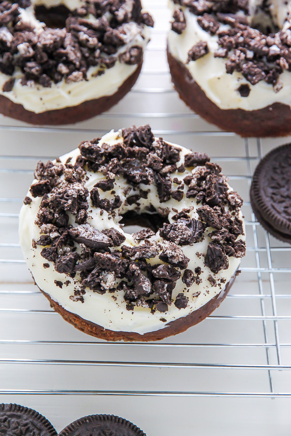 Oreo Cookie and Cream Donuts. 16 Easy Homemade Donut Recipes - Who doesn't love donuts! Omg! I love having so many great recipes that are easy to make at home! These easy homemade donuts look so good! I love that they are cakey donuts, baked, donuts, and fried donuts included on this post. There is also recipes for all the glazing, icings and fillings. I can't wait to make all of them! Saving for later!