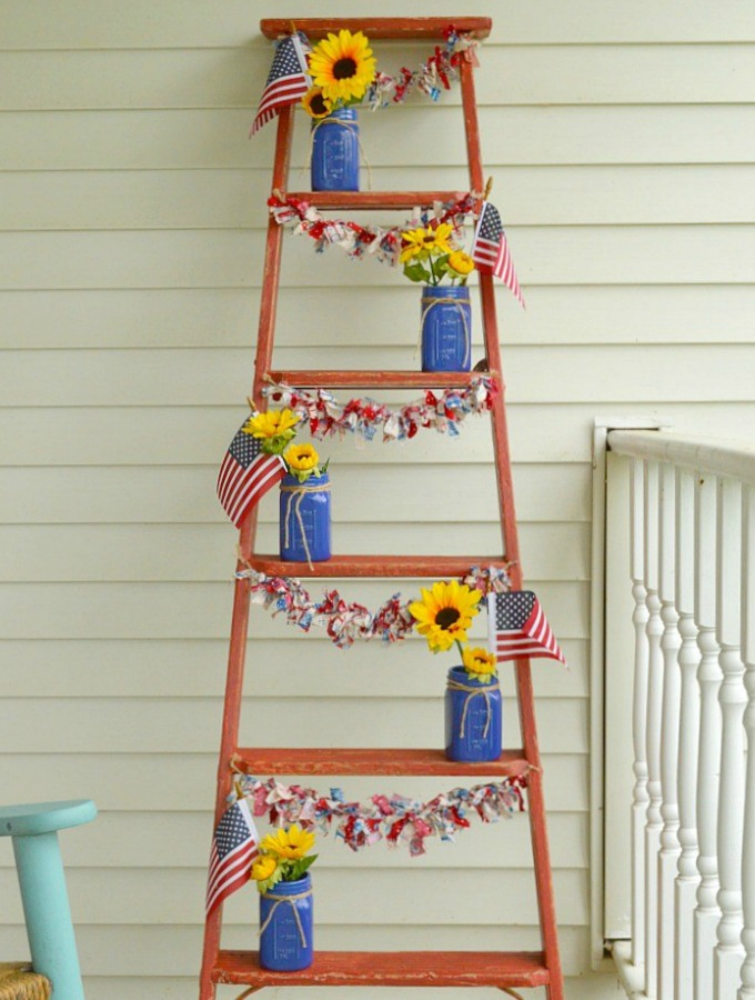 14 4th of July Decor Ideas to Make Your Party Sparkle