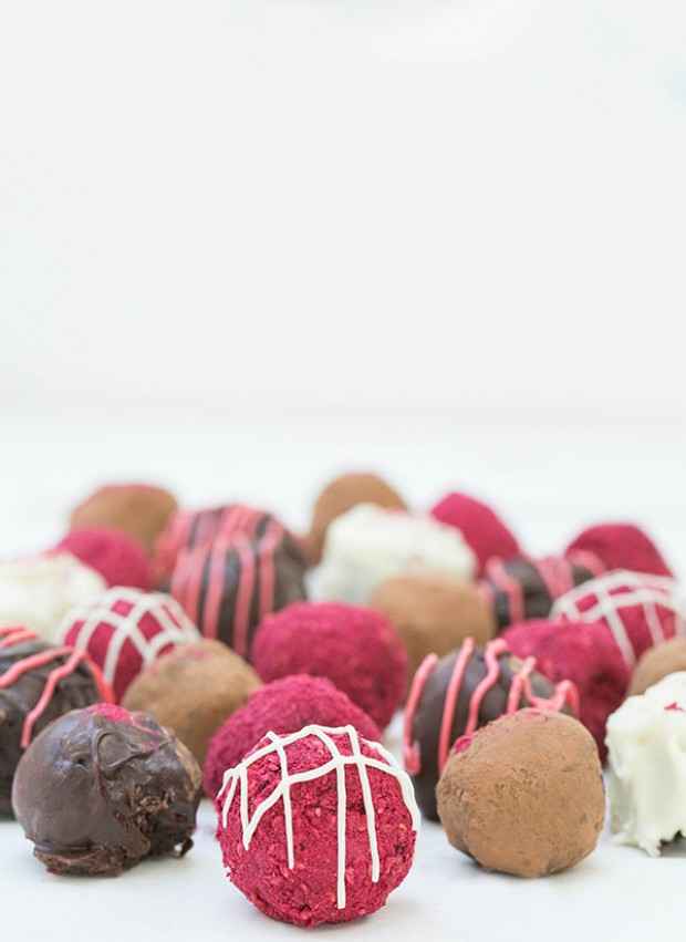 Red Wine Chocolate Truffles, Cocktail Inspired Dessert Recipes