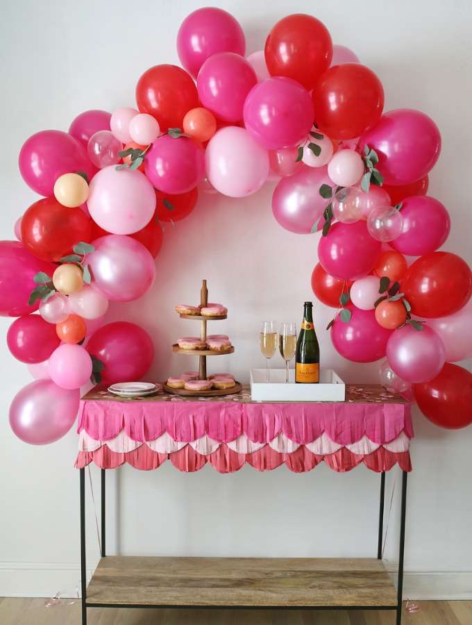 8 Balloon Garland Ideas For Your Next Party