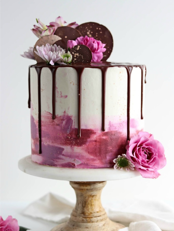 11 Dreamy Drip Cakes Almost Too Pretty To Eat