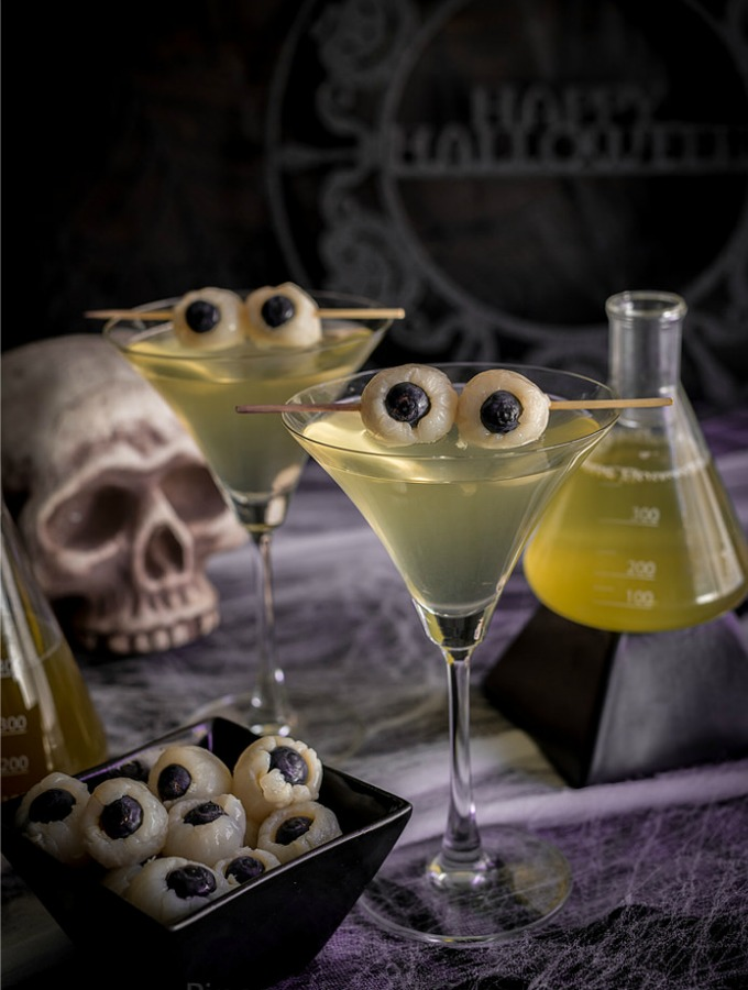 15 Spooky Halloween Cocktails That Are Wickedly Delicious