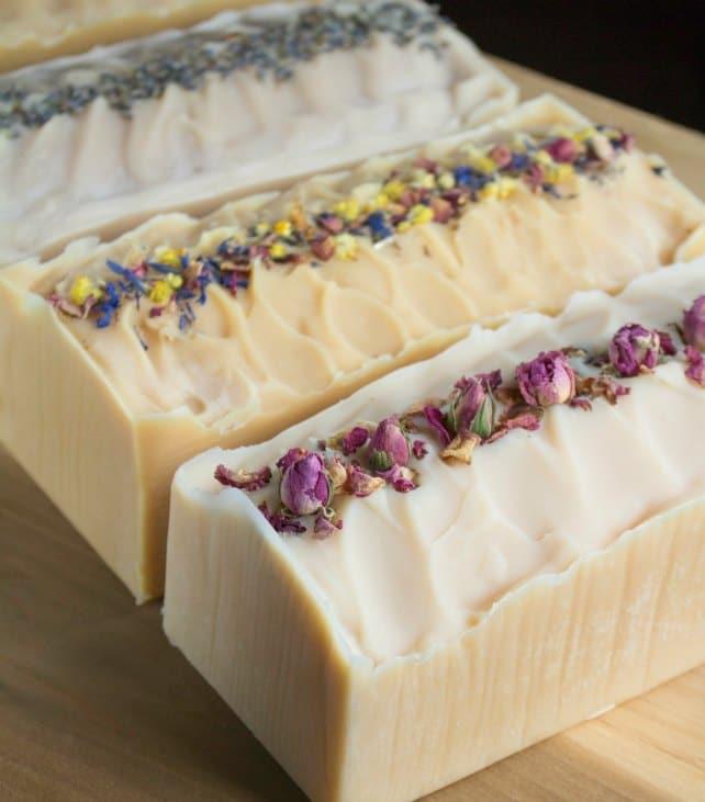 Flower Infused Milk Soap | Homemade Soap Recipes @ xokatierosario.com
