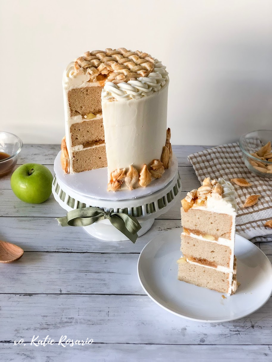 These Thanksgiving cake ideas are ones that even pie lovers will want to make room for this year! These fall cake decorating ideas that look not only beautiful but also taste incredible. Seriously, even the strict pie lovers will love these cakes, notably the Apple Pie Cake and Pumpkin Pie Cake, because they are the best of both worlds! Each homemade cake recipe below is perfect for beginners and intermediate cake decorators so everyone can feel like a confident baker! #xokatierosario #thanksgivingcakes #fallcakeideas #cakedecoratingideas